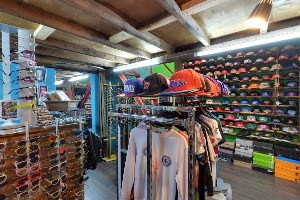 COSA SANTA showroom